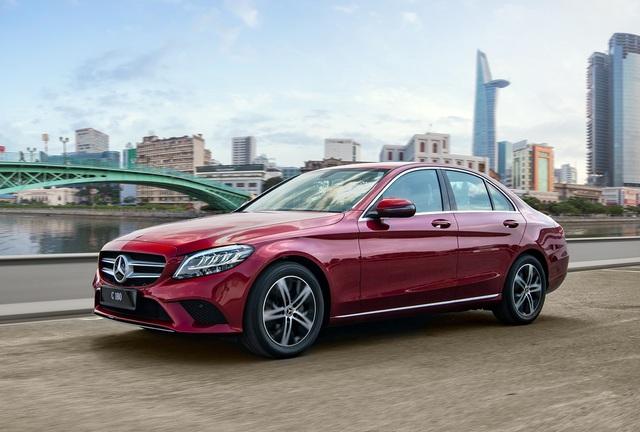 Cuộc chiến xe sedan giá 1,2 tỷ: VinFast LUX A2.0 liên tục dẫn đầu 2 tháng - Ảnh 3.