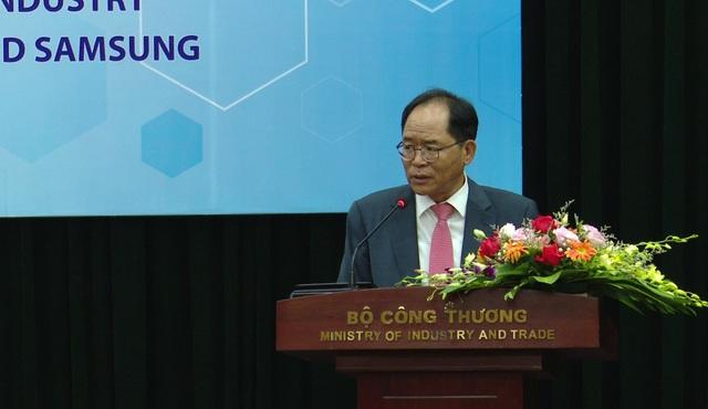 Bộ Công thương bắt tay Samsung đẩy mạnh thị trường khuôn mẫu 1 tỉ USD - Ảnh 2.