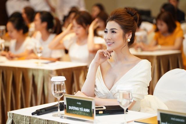 BEHE Việt Nam tổ chức thành công hội thảo trắng da, mờ thâm nám chuẩn khoa học - Ảnh 4.
