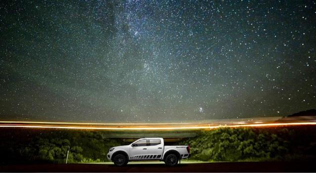 Nissan Việt Nam chính thức ra mắt phiên bản Navara Black Edition A-IVI tại thị trường Việt Nam - Ảnh 1.