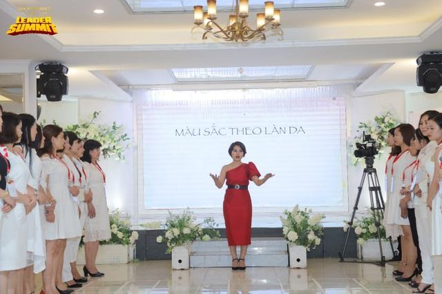 Sức hút khó lý giải của mô hình chia sẻ kỹ năng doanh nhân theo mô típ quốc tế ở Việt Nam - Ảnh 2.