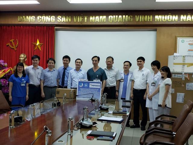 PepsiCo Thực phẩm Việt Nam hỗ trợ thiết bị y tế phòng chống Covid-19 - Ảnh 1.