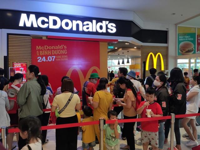 McDonald's khai trương nhà hàng mới tại Aeon Mall Bình Dương - Ảnh 3.