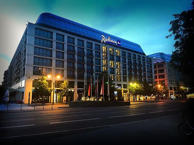 Trải nghiệm không gian nghỉ dưỡng lí tưởng của Radisson Blu tại các quốc gia trên Thế giới - Ảnh 3.