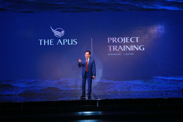 Hơn 500 chiến binh sales hừng hực khí thế trong lễ ra quân dự án The Apus - Ảnh 3.