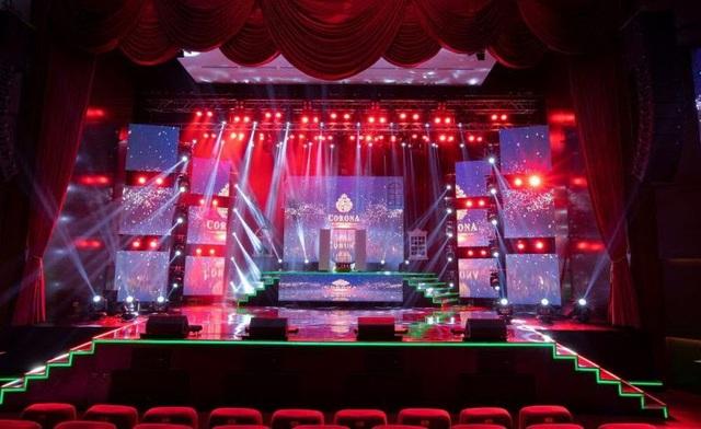 Đặt câu hỏi cho Liveshow Tuấn Hưng, nhận mưa quà tặng từ Nhà hát Corona Phú Quốc - Ảnh 2.