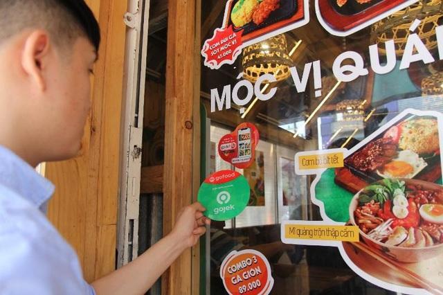 Nhà hàng, quán ăn nghĩ gì khi GoFood sẽ chuyển từ GoViet sang Gojek? - Ảnh 3.