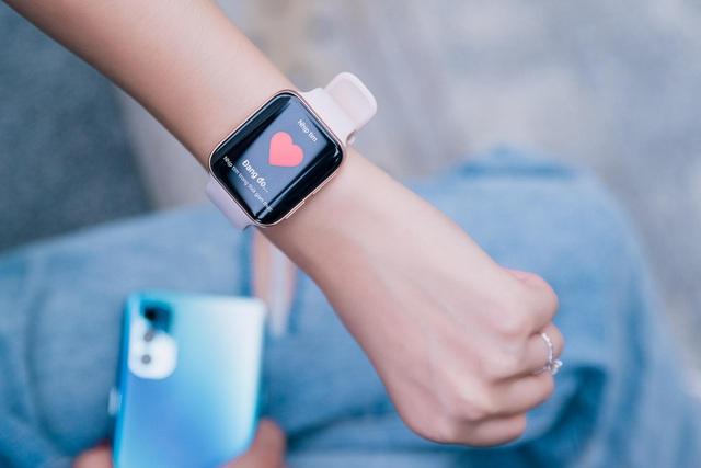 Đeo đồng hồ cơ bao nhiêu năm nhưng đây là lý do vì sao từ nay tôi chỉ thích dùng smartwatch - Ảnh 2.