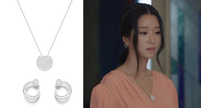 """Choáng toàn tập với loạt trang sức đáng giá gia tài tiền tỉ của điên nữ """"Điên Thì Có Sao"""" Seo Ye Ji - ảnh 8"""