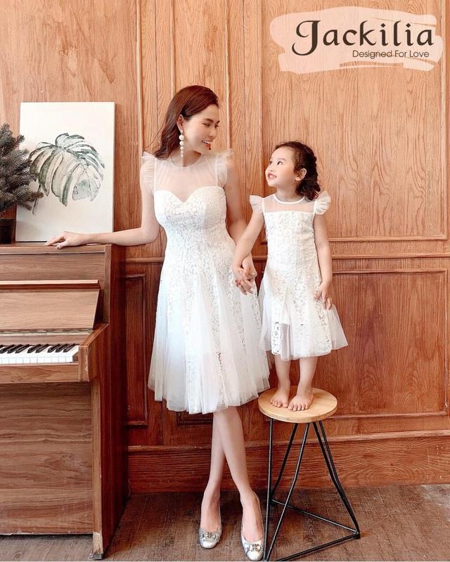 Khơi nguồn cảm hứng mặc đồ đôi cho mẹ và bé - Ảnh 3.
