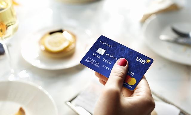 VIB ghi dấu tiên phong với loạt thẻ tín dụng độc đáo - Ảnh 1.
