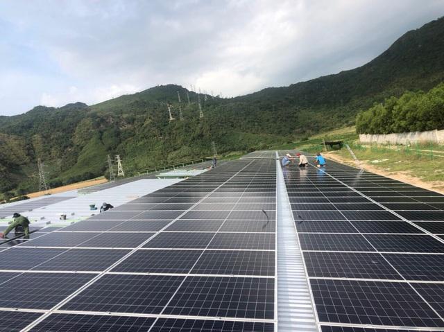 Giá điện mặt trời tại công ty tổng thầu EPC Hoàng Giang Solar - Ảnh 1.