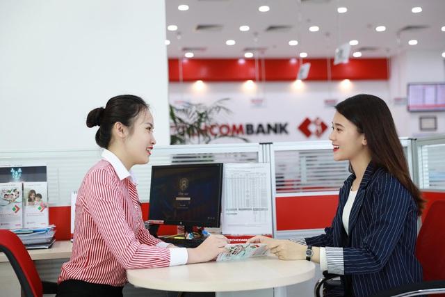 """Tiến sĩ Lê Xuân Nghĩa: Techcombank là ngân hàng hàng đầu, đủ khả năng dẫn dắt những """"cuộc chơi"""" lớn - Ảnh 2."""