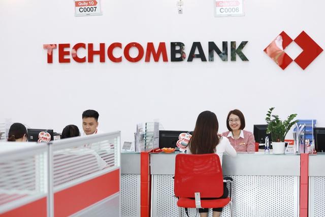"""Tiến sĩ Lê Xuân Nghĩa: Techcombank là ngân hàng hàng đầu, đủ khả năng dẫn dắt những """"cuộc chơi"""" lớn - Ảnh 3."""