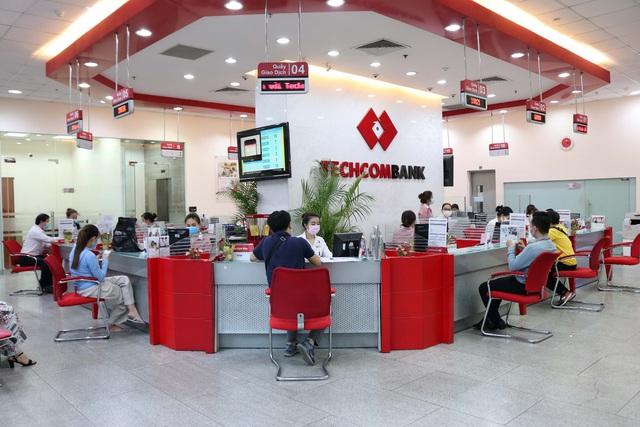 """Tiến sĩ Lê Xuân Nghĩa: Techcombank là ngân hàng hàng đầu, đủ khả năng dẫn dắt những """"cuộc chơi"""" lớn - Ảnh 4."""