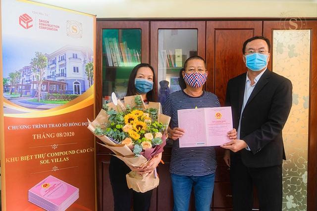 39 khách hàng đầu tiên nhận sổ hồng của khu biệt thự Compound cao cấp Sol Villas - Ảnh 2.