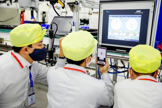Truyền thông Quốc tế dồn dập đăng tải hình ảnh máy thở của Vingroup - Ảnh 5.