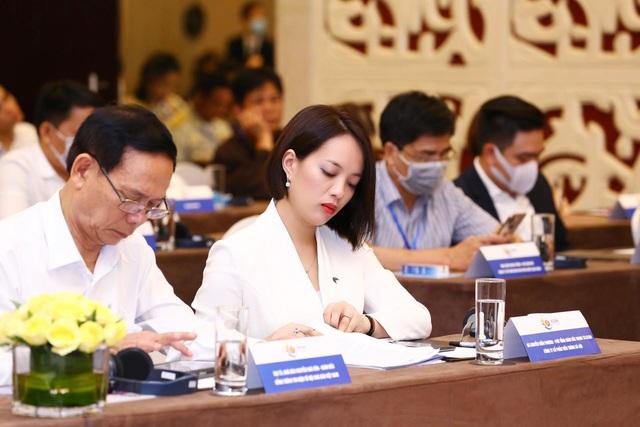 """""""Bóng hồng"""" đại diện Top 10 doanh nghiệp tiêu biểu ASEAN là ai? - Ảnh 1."""