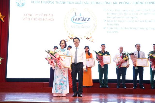 """""""Bóng hồng"""" đại diện Top 10 doanh nghiệp tiêu biểu ASEAN là ai? - Ảnh 2."""