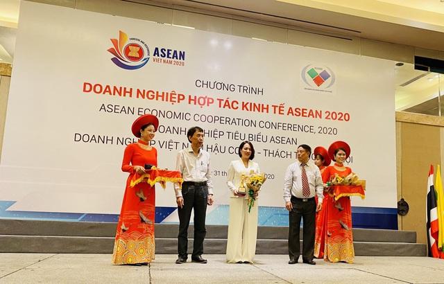 """""""Bóng hồng"""" đại diện Top 10 doanh nghiệp tiêu biểu ASEAN là ai? - Ảnh 3."""