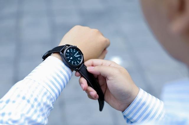 Khám phá trợ thủ hoàn hảo cho nhịp sống hiện đại trên Galaxy Watch3 - Ảnh 1.