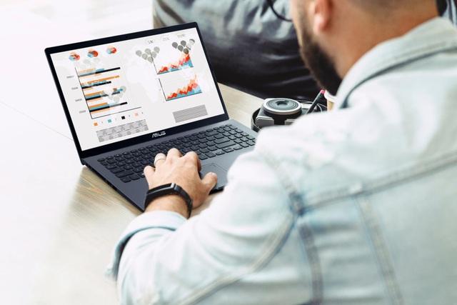 """Gợi ý cho tân sinh viên lựa chọn laptop phù hợp với ngành học giữa """"ma trận"""" laptop trên thị trường - Ảnh 1."""