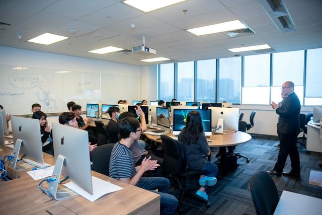 Đại học RMIT ra mắt ngành Công nghệ Thông tin tại cơ sở Hà Nội - Ảnh 1.