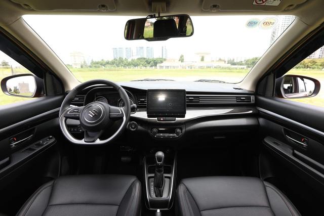XL7 hoàn toàn mới sẽ sắp xếp lại vị thế của Suzuki trong phân khúc SUV 7 chỗ tại Việt Nam? - Ảnh 2.