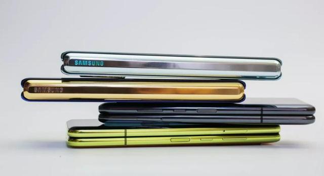 Galaxy Z Fold2 5G - bản nâng cấp đáng giá cho vị thế dẫn đầu - Ảnh 3.