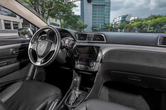 Suzuki Ciaz mới sắp ra mắt: Thêm lựa chọn sáng giá cho sedan nhập khẩu - Ảnh 4.