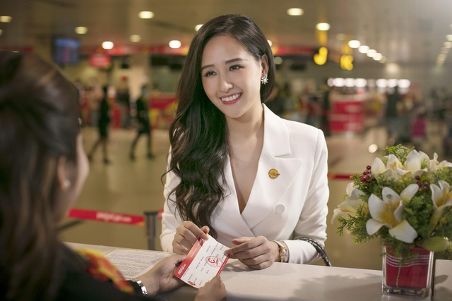 Cùng hoa hậu Mai Phương Thúy và ca sĩ Kyo York tận hưởng dịch vụ sang, xịn, mịn của Vietjet - Ảnh 2.