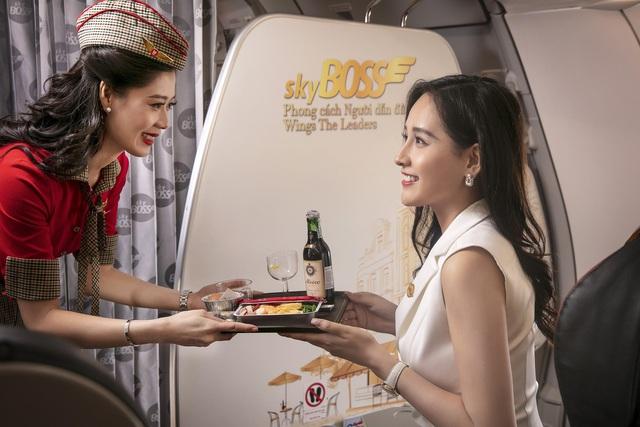 Cùng hoa hậu Mai Phương Thúy và ca sĩ Kyo York tận hưởng dịch vụ sang, xịn, mịn của Vietjet - Ảnh 5.