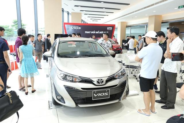 Xe Toyota nghèo trang bị - Câu chuyện đã là dĩ vãng - Ảnh 2.