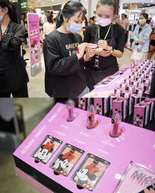 Hội nghiện makeup chen chúc đông nghẹt để tận tay rinh về bộ mỹ phẩm đáng yêu của M.O.I Cosmetics bắt tay với Disney - ảnh 6