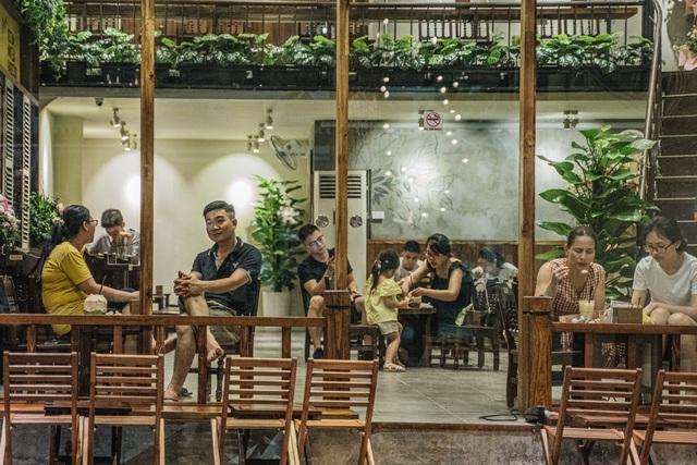 Đầu tư Kafa Café mùa Covid-19: Chơi ngông hay kẻ thức thời? - Ảnh 2.