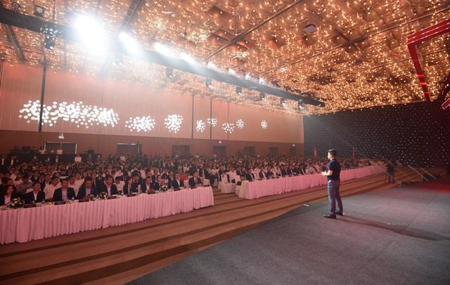 """3000 người tham gia sự kiện """"Vượt thách thức - Thế dẫn đầu"""" của Tập đoàn Danh Khôi - Ảnh 1."""