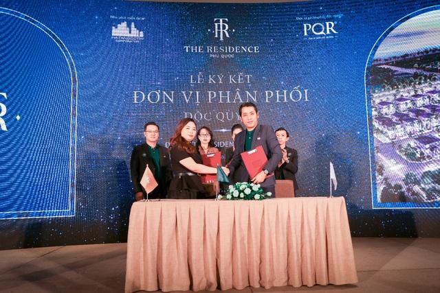 Lễ ký kết phân phối The Residence Phú Quốc giữa Hạ Tầng Đô Thị Corp và Địa ốc PQR - Ảnh 2.