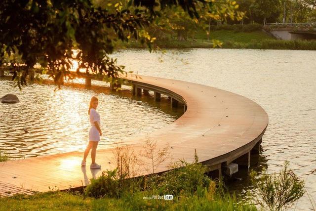 """Check in """"sương sương"""" những cây cầu đẹp mê hồn tại Ecopark - Ảnh 11."""