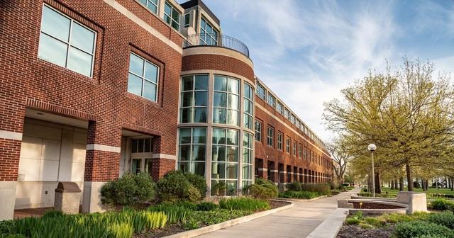 Hiện thực hóa giấc mơ du học Mỹ với học bổng lên tới 60.000$ (khoảng 1,3 tỷ VNĐ) tại Đại học Truman State, Missouri - ảnh 1