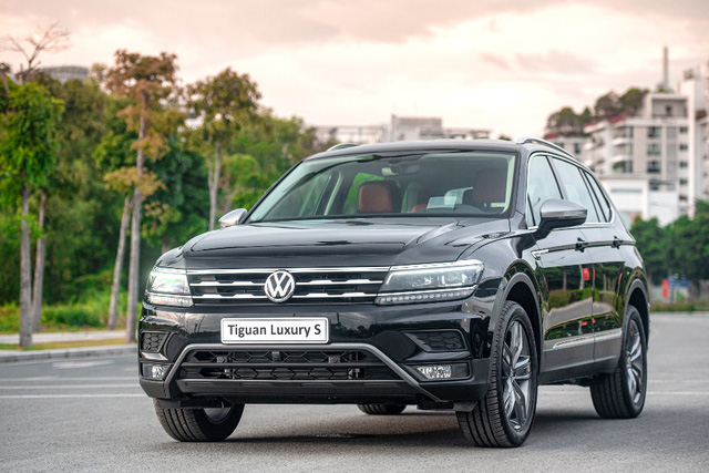 Volkswagen Việt Nam ra mắt phiên bản Tiguan 2021 với nhiều nâng cấp đáng giá - Ảnh 1.