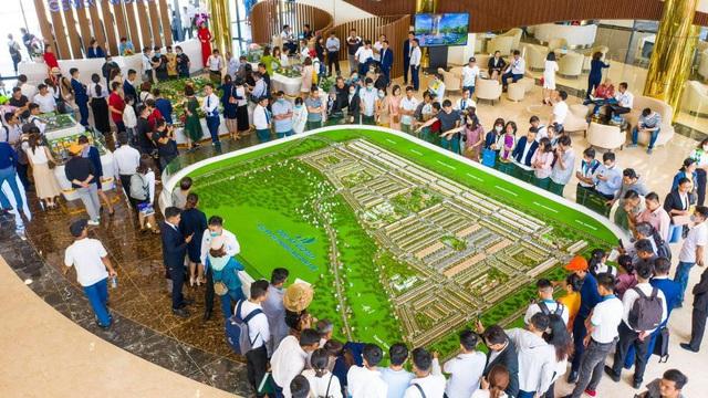 Với biên độ lợi nhuận lớn, Gem Sky World đang thu hút sự quan tâm lớn tại thị trường Long Thành