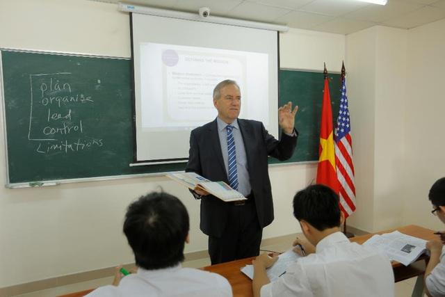 Cơ hội nhận bằng MBA ĐH Lincoln (Hoa Kỳ) với học phí ưu đãi - Ảnh 1.