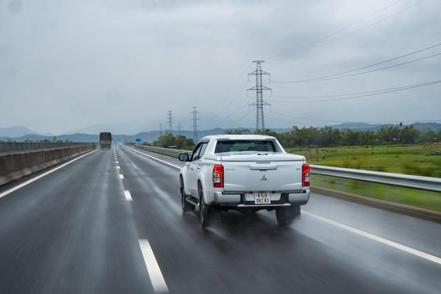 Hơn 3.500km cùng Mitsubishi Triton xuyên Việt: Hiểu ngay những điểm cộng/trừ khi dùng bán tải du lịch - Ảnh 2.