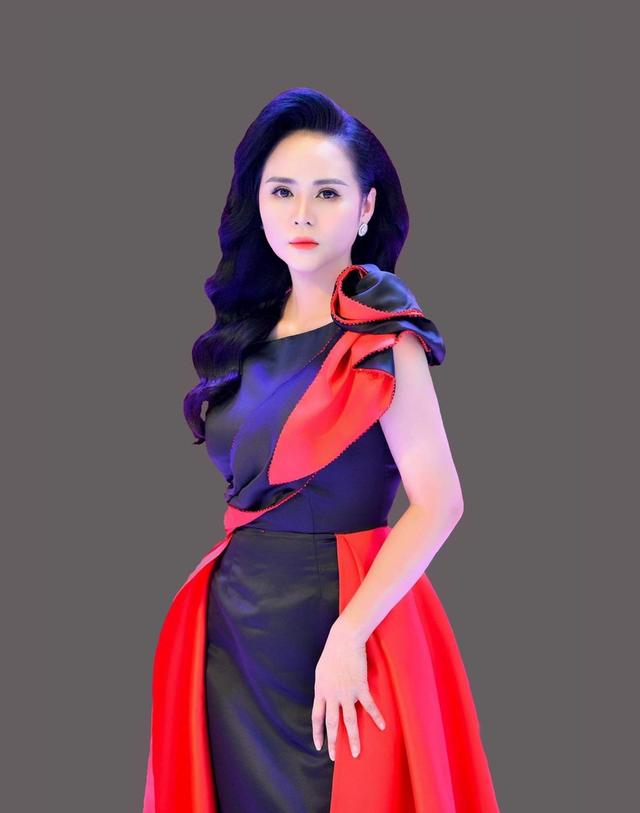 Chân dung Bùi Thanh Hương - Chủ tịch Happy Women - Trưởng ban tổ chức Táo quân 2021 - Ảnh 8.