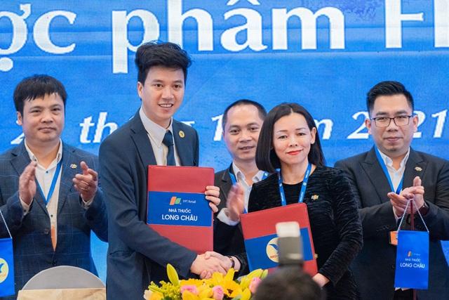 Nhà thuốc FPT Long Châu ký kết hợp tác chiến lược với MED Group - Ảnh 1.