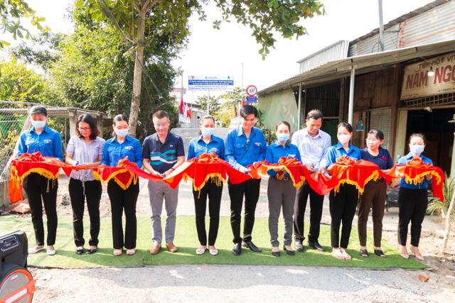 Khang Điền trao tặng 2 cây cầu nông thôn tại tỉnh Tiền Giang - Ảnh 1.