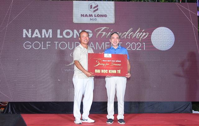 Giải Golf Nam Long 2021 vận động 655 triệu đồng cho học bổng Swing For Dreams - Ảnh 2.