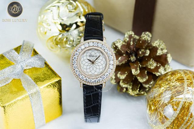 Boss Luxury mách bạn 4 mẫu đồng hồ tuyệt đẹp dành tặng nàng ngày Valentine - Ảnh 2.