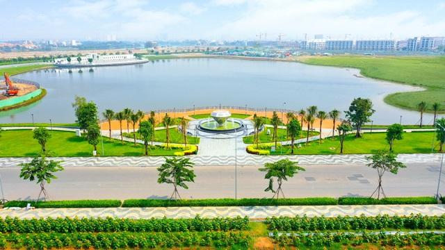 Hơn 350 tỷ đồng hoàn thiện 5ha công viên và tuyến phố đi bộ tại Vạn Phúc City - Ảnh 1.