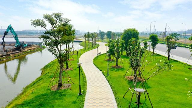 Hơn 350 tỷ đồng hoàn thiện 5ha công viên và tuyến phố đi bộ tại Vạn Phúc City - Ảnh 3.